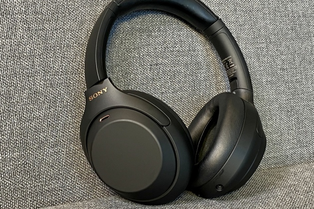 Le Sony WH-1000XM4.