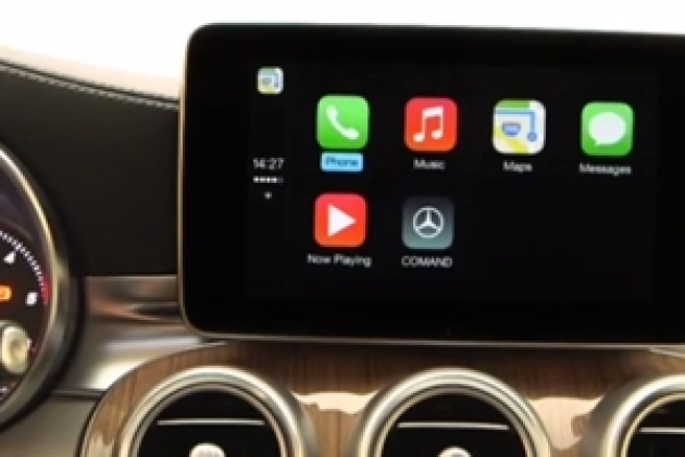 CarPlay, Apple monte en voiture grâce à BlackBerry