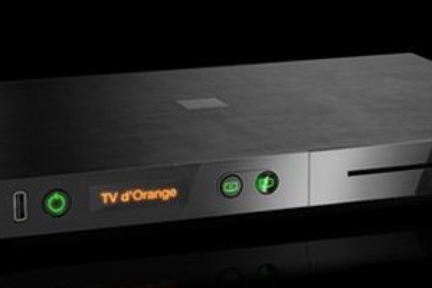 Orange lance la Livebox Play et son décodeur Play TV