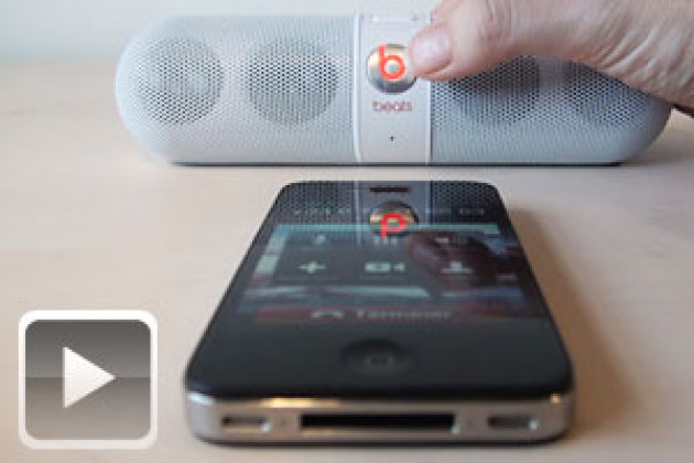 la mini enceinte pill de beats audio en vid o. Black Bedroom Furniture Sets. Home Design Ideas