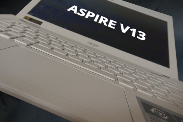 Test de l'Aspire V13 : l'ultraportable Acer à 500 euros