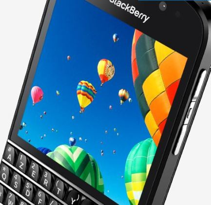 Le BlackBerry Q10 à clavier arrive en France