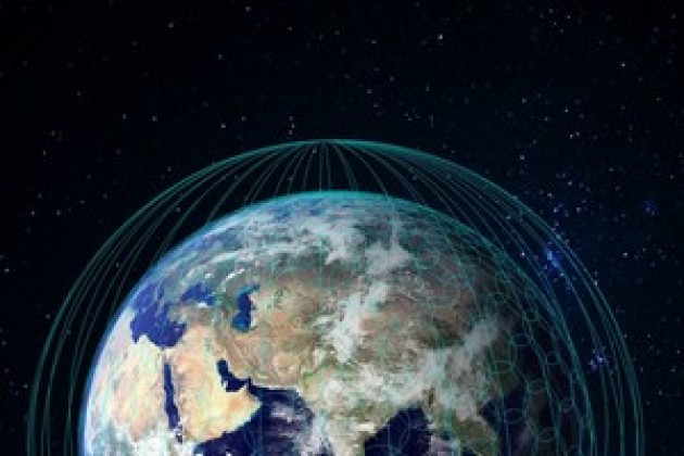 Facebook abandonne un projet secret d'Internet par satellite
