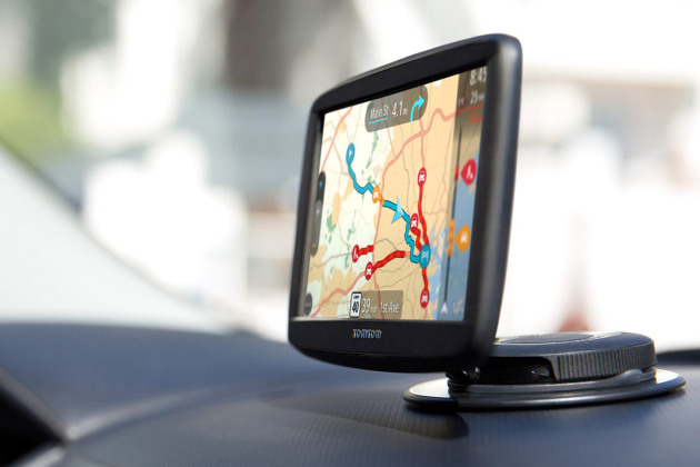 tomtom start des gps avec mise jour gratuite vie d s 130 euros. Black Bedroom Furniture Sets. Home Design Ideas