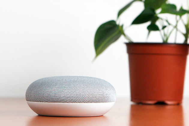 La Google Home Mini.