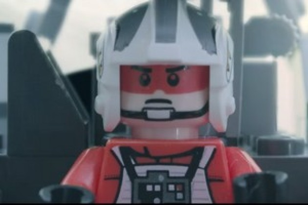 Vidéo : des fans de Lego s'emparent du trailer Star Wars The Force Awakens