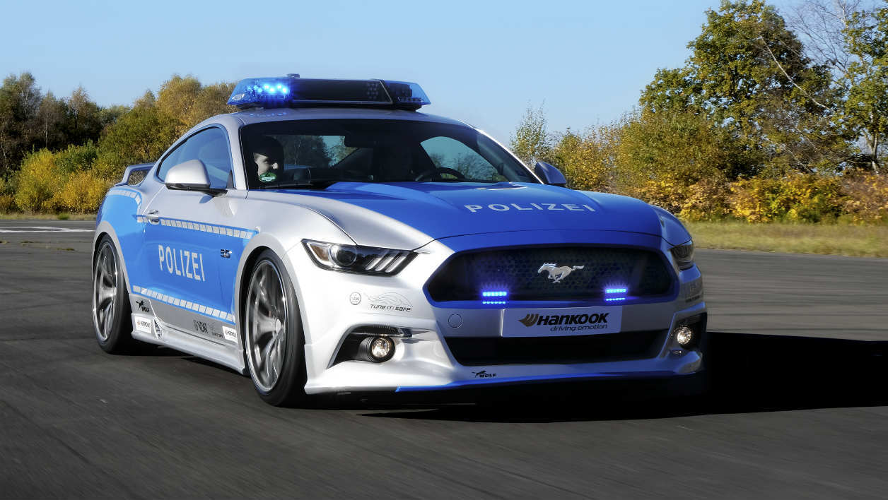 la police allemande roule aussi en ford mustang. Black Bedroom Furniture Sets. Home Design Ideas