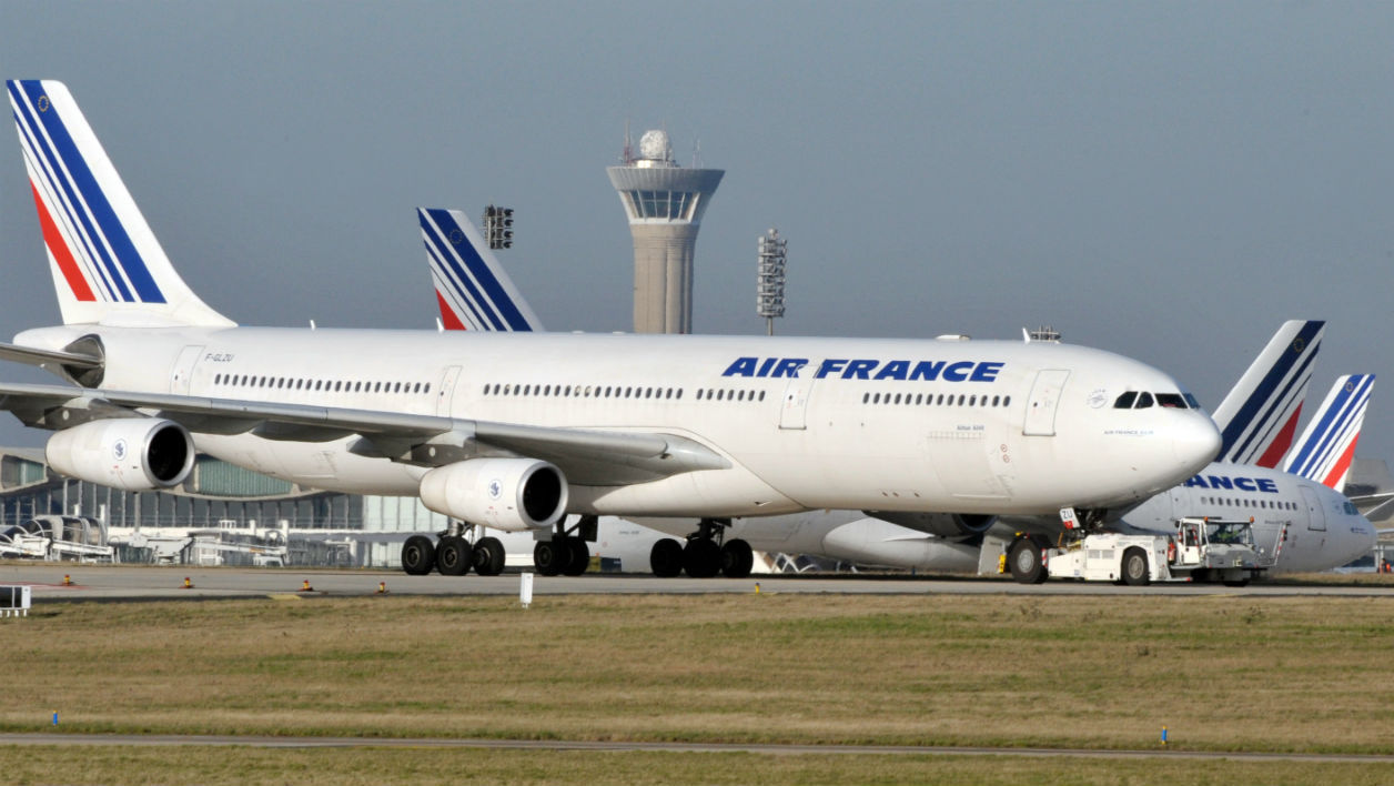 La gal re des 165 passagers d 39 air france bloqu s dans l for Interieur d avion air france