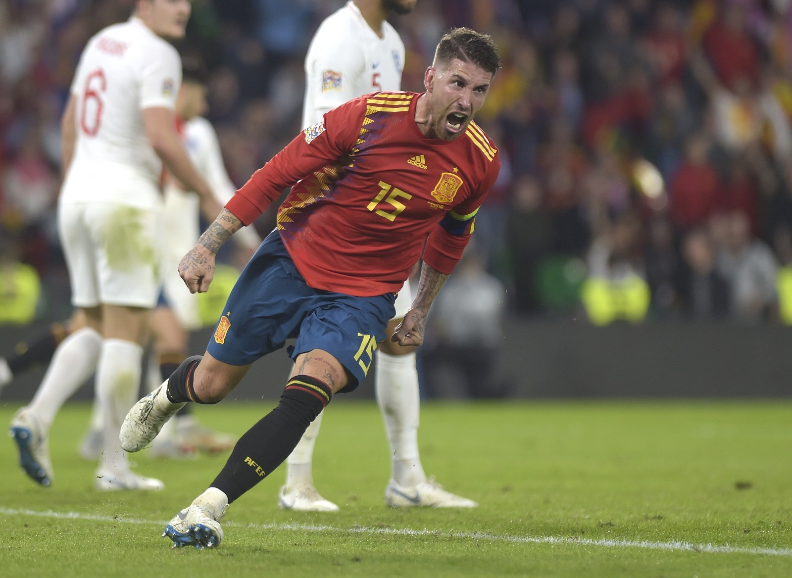Espagne Angleterre Ramos Reagit A Son Agression Sur Sterling Jo