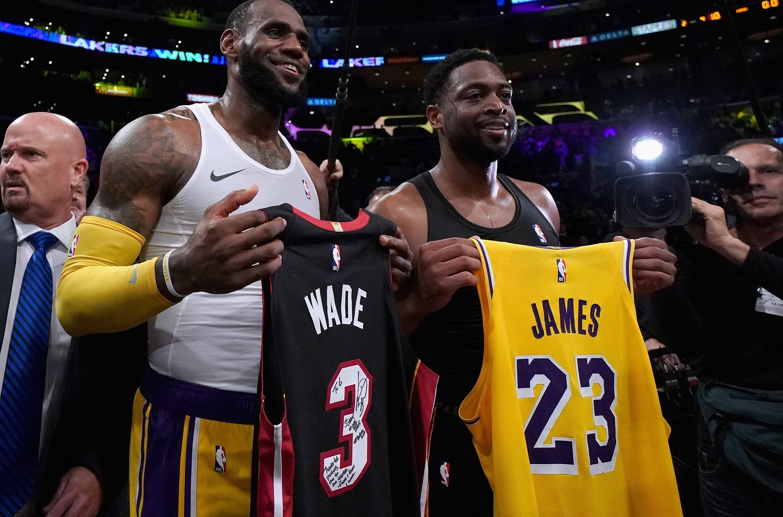 NBA: La grosse émotion entre LeBron James et Dwyane Wade