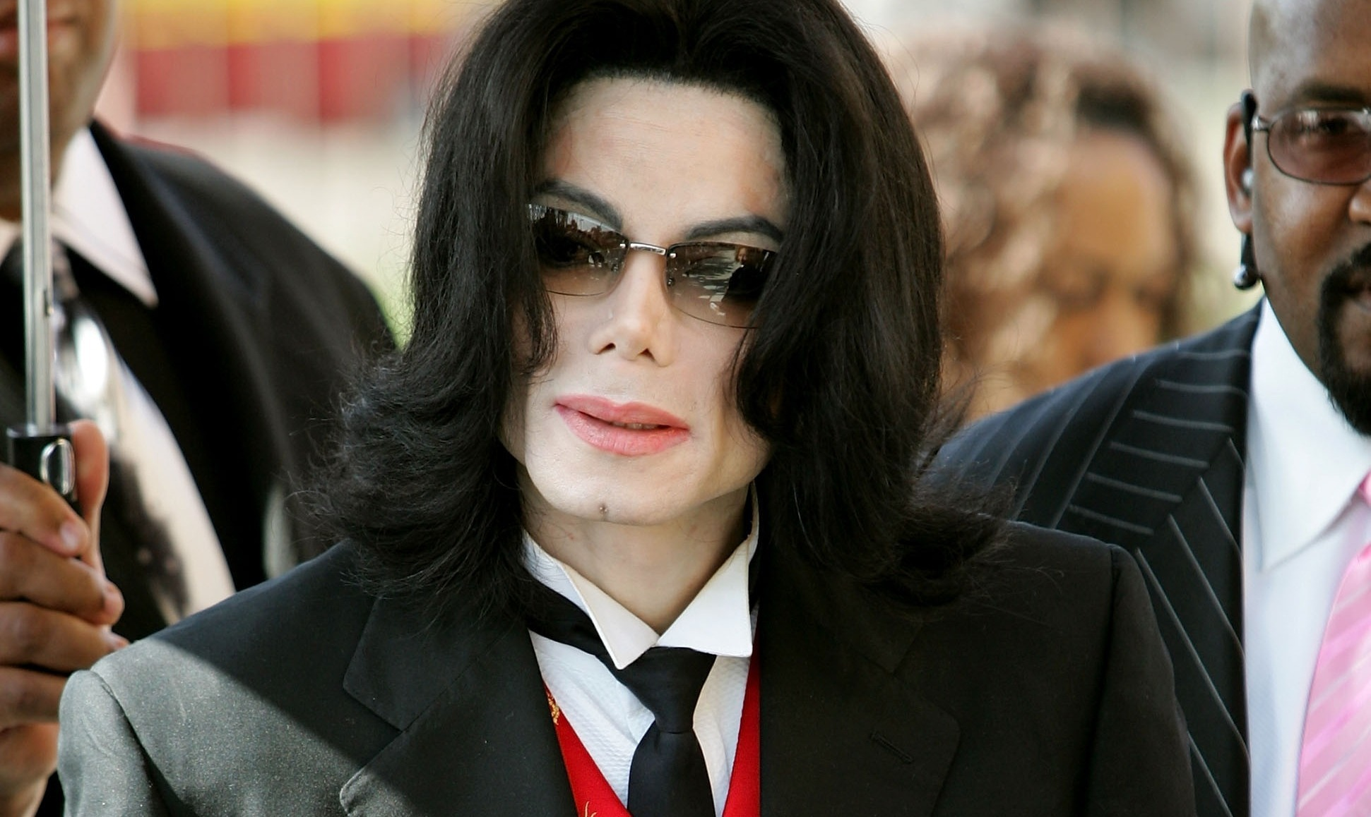 Michael Jackson accusé d'actes pédophiles: plainte contre HBO avant la diffusion du documentaire