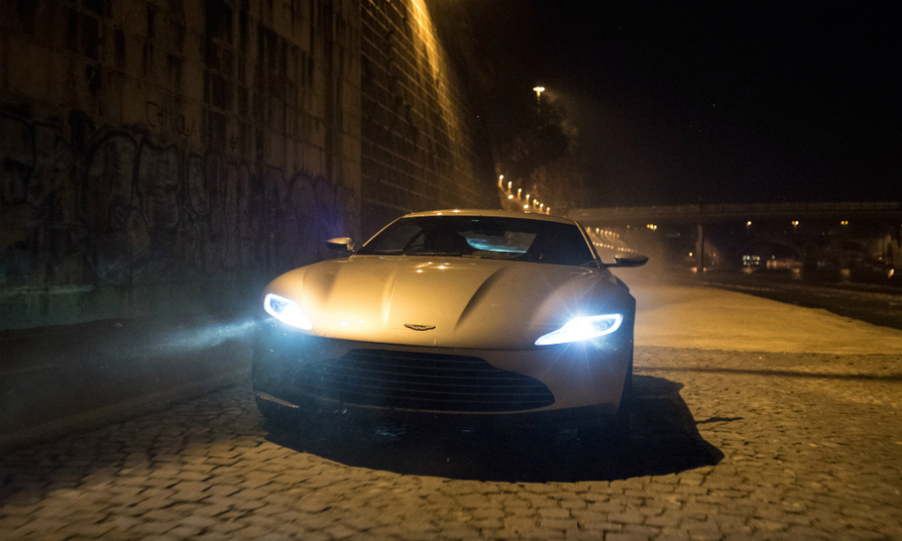 La DB10 de James Bond en images