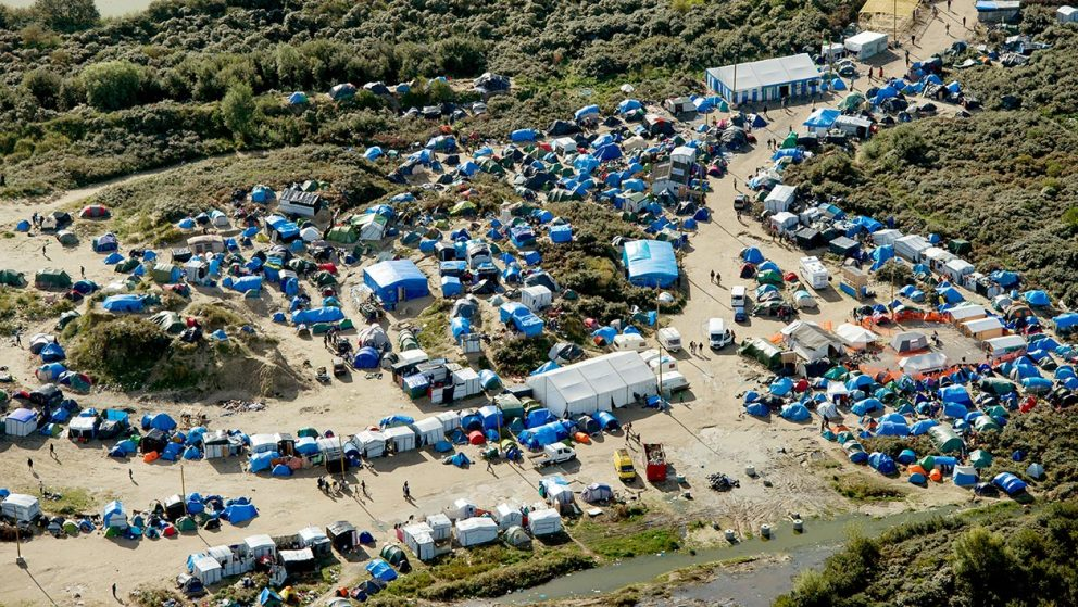 """New Jungle"" à Calais: un bidonville vu du ciel"