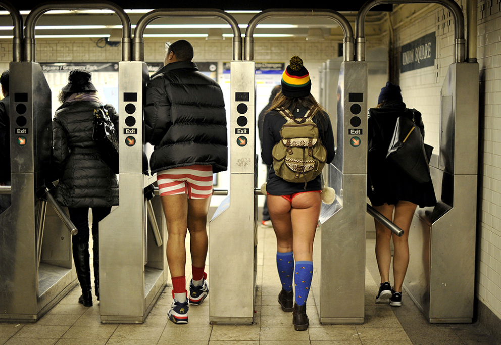 ''No Pants Subway Ride'': sans chemise, sans pantalon
